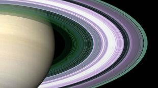 """""""Koktajl"""" wprost z kosmosu. Pierścienie Saturna zaskoczyły naukowców"""