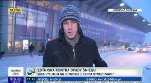 Okęcie zaśnieżone, ale nadal pracuje (TVN24)